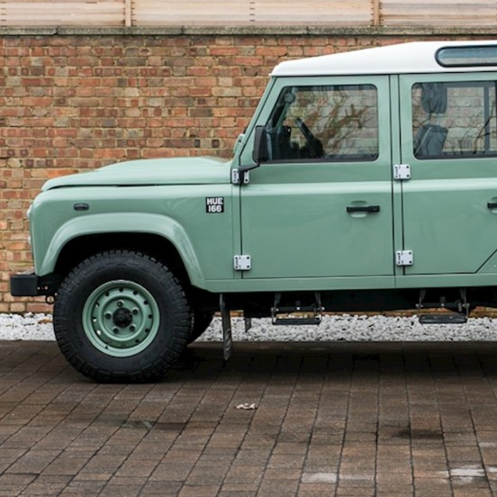 Land Rover Defender 110 (1994)